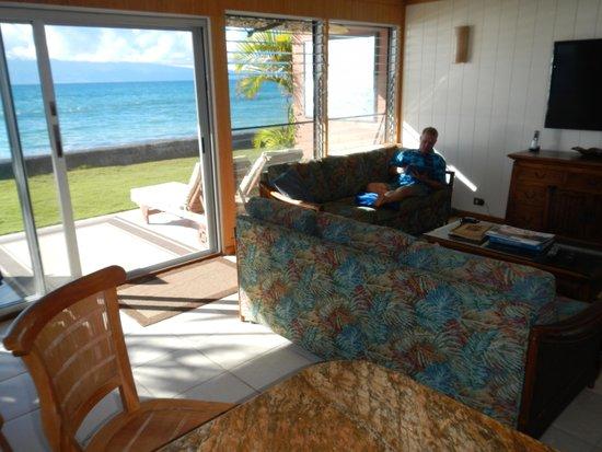 Maui Sands: Ocean front living