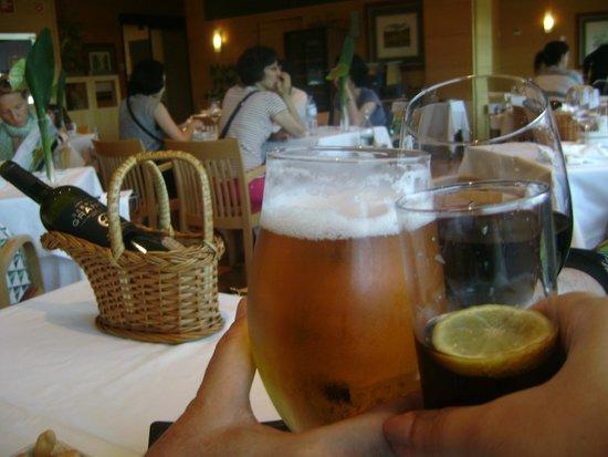 Cafetaria El Corte Ingles: Brindar à viagem é necessário!
