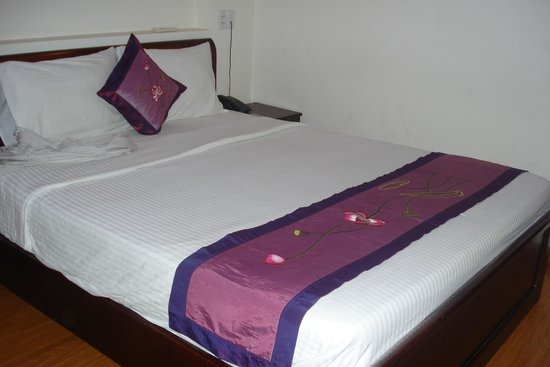 Blue River Hotel: Room from the main building