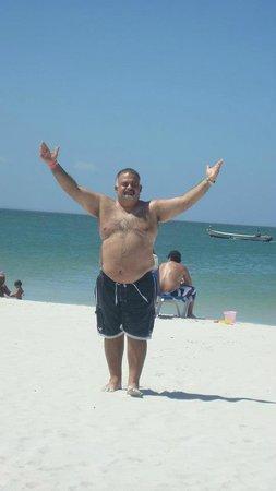 Hotel Brisas del Mar: en la playa