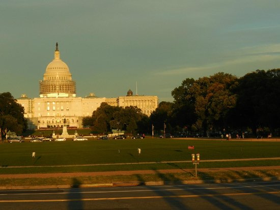 Bike and Roll DC: Capitol at sunset