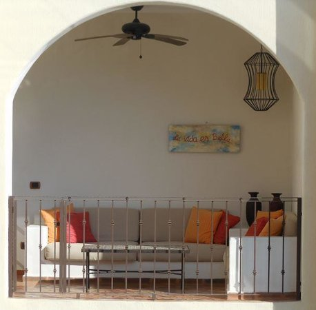 Guaycura Boutique Hotel Beach Club & Spa: Balcony of one of the rooms