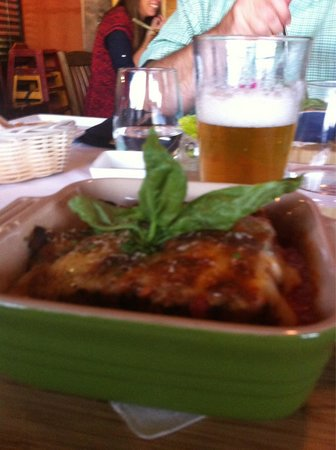 When in Rome : Lasagne & Wheatfish Beer brewed in Whitefish, MN.  YUM!!!