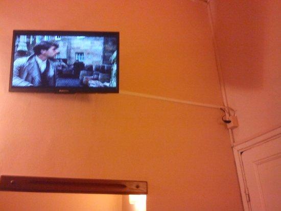 Hotel Esperanza & Artemisa Spa: tv altisima