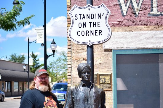 Standin' on the Corner Park : Hubby with Don H statue