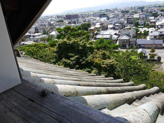 Maruoka Castle : 瓦と外観
