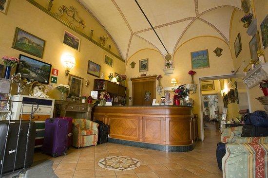 Hotel Mia Cara & Spa : The lobby