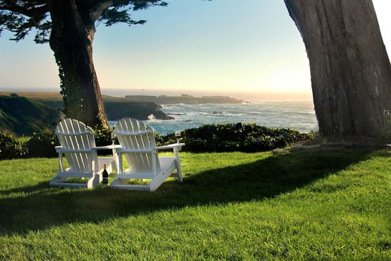 Agate Cove Inn: Ocean View garden