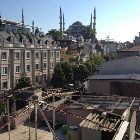 Sultan's Inn : View from breakfast