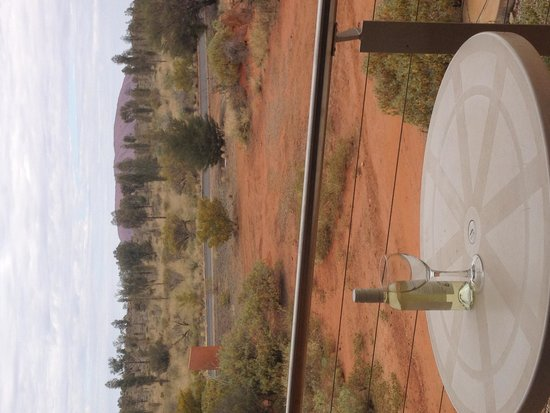 Desert Gardens Hotel, Ayers Rock Resort : View from our balcony