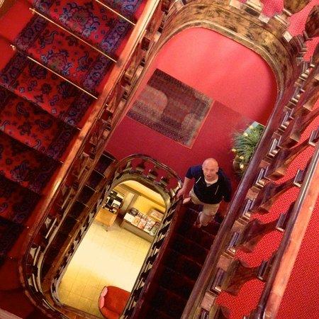 Hotel de la Paix : De trappen