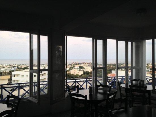 Axiothea Hotel : ロビー