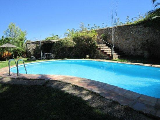 Hotel Montsant: Piscina