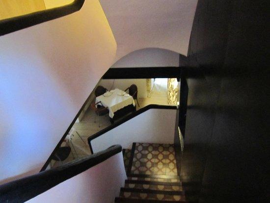 Hotel Montsant: Desde la escalera