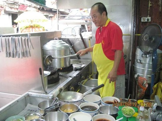 Teo Soon Loong Seafood Restaurant: Rude and Arrogant Cook from Teo Soon Long Chan Restaurant Malacca (photo from another source)