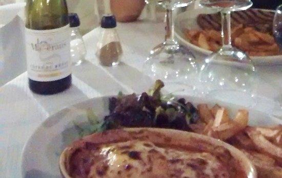 Le Raphael : Avec des frites fraîches, hmmmm !