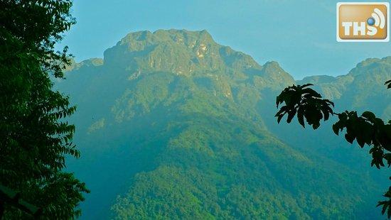Equator Snow Lodge: Rwenzori mountains