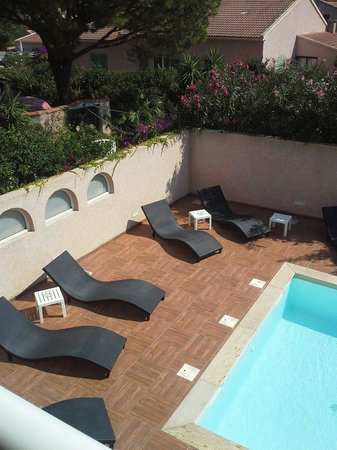 Best Western Hotel U Ricordu: Piscine privative pour les 11 chambres de la résidence
