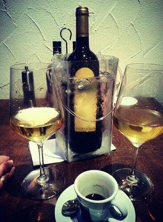 Il Pomodoro: Ende eines gelungenen 1. Abends bei der 2. Flasche Savignon!