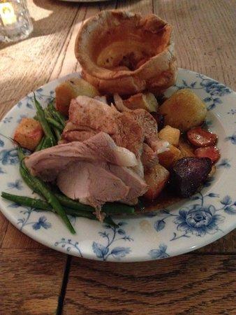 The Bulls Head: Roast pork Sunday lunch
