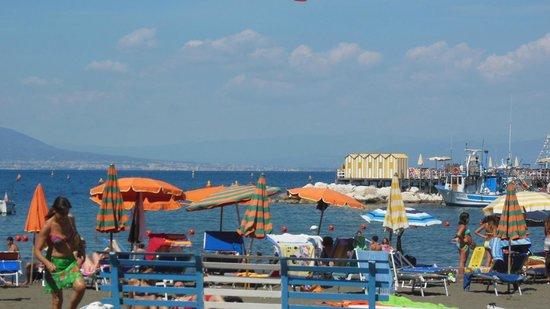 Hotel del Mare: Sea - around the corner
