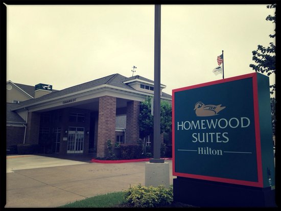 Homewood Suites by Hilton Houston Willowbrook Mall: The entrance.