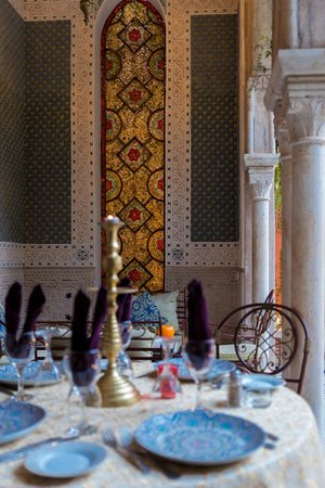 Palais Sebban: Beautifull Stained Glass