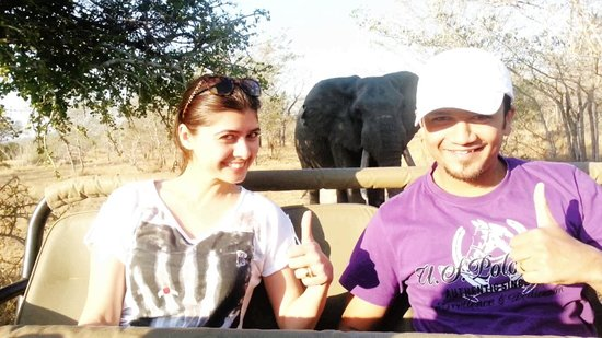 Idube Game Reserve Lodge: Selfie with the Elephant