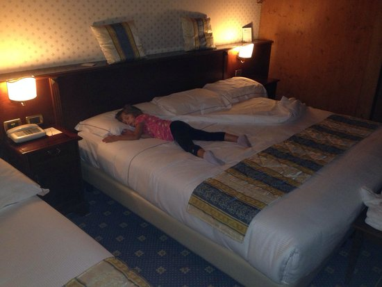 Letto king size! - Picture of Best Western Classic Hotel, Reggio ...