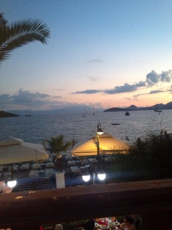 Manuela Restaurant: beautiful view and tasty food! excelent!