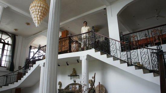 The Richmond House Kandy: お世話になったウパリ氏