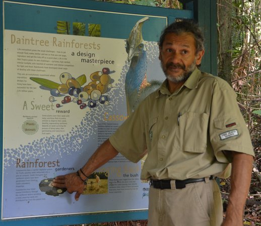 Trek North Safaris - Day Tours: Mario at one of the Daintree walks