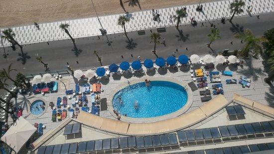 Hotel Cimbel: PISCINA