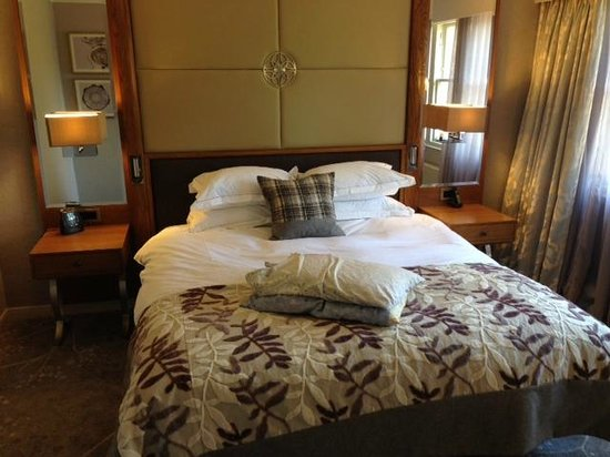 Hilton Grand Vacations at Craigendarroch Suites: Bedroom
