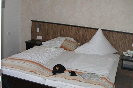 Hotel Bella Vista: Кровать