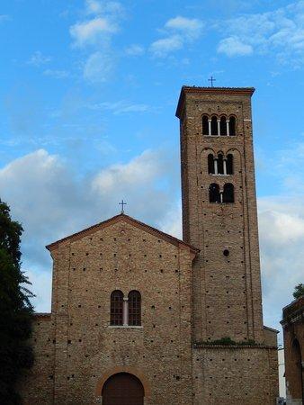Basilica di San Francesco, Ravenna: san francesco RA - facciata e campanile