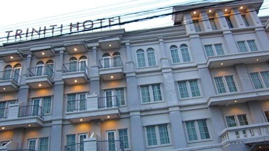Triniti Hotel Batam: 外観