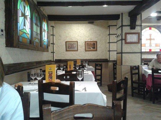 Comedor de La Noceda - Picture of Sidreria La Noceda, Oviedo ...