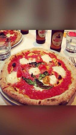 Lucio Pizzeria: Bufalina pizza