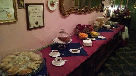 Hotel Strasburg: breakfast
