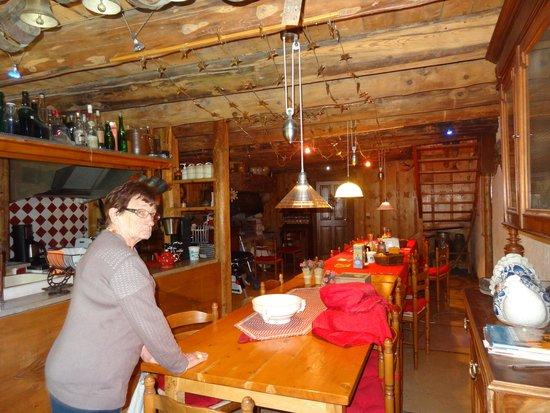 A La Crecia: La table d'hôte