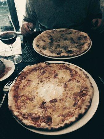 L'Escenari de Pizzes : Pizza tropical y una de autor con ceps