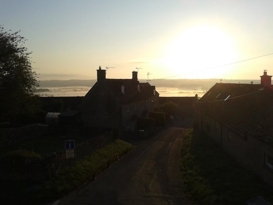 Clapton Manor: Sunrise from my room
