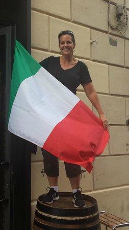 Angrypig Birretta e Porchetta: Miss Liberty from Canada