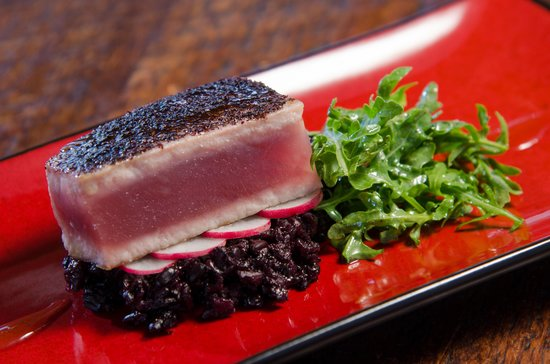Washington, VA: Sumac Dusted Tuna