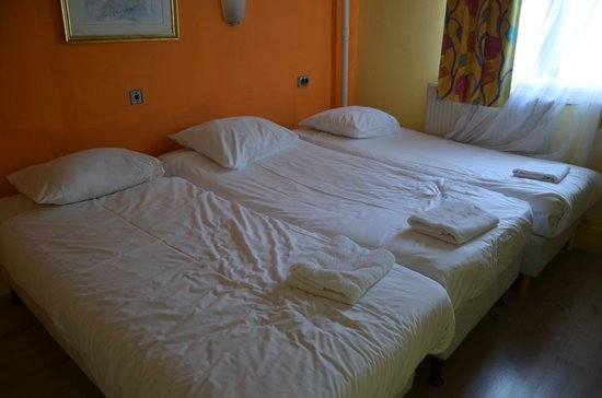 Hotel Y Boulevard: Chambre 3 lits