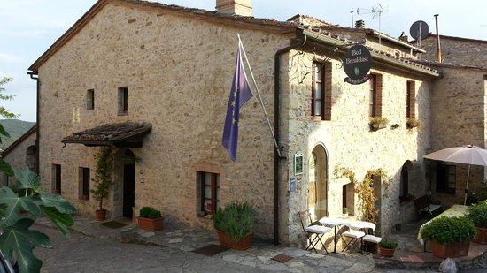 Borgo Lecchi B&B: La struttura caratteristica