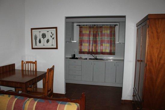 HL Hotel Rio Playa Blanca: vista de la cocina