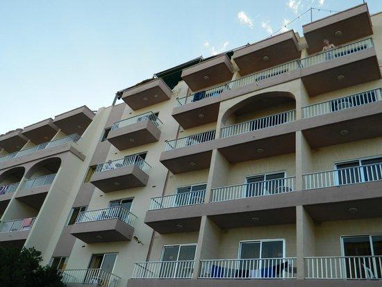 Soreda Hotel: View from Cunningham street