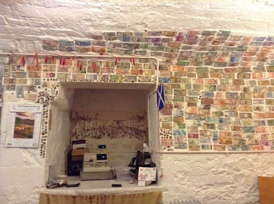Darnley Coffee House: Money wall by the till